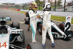 Polesitter Lewis Hamilton, Mercedes AMG F1, second place Valtteri Bottas, Mercedes AMG F1