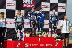 Podium: race winner Federico Caricasulo, GRT Yamaha Official WorldSSP Team, second place Decha Krais