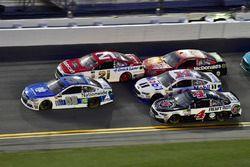 Dale Earnhardt Jr., Hendrick Motorsports Chevrolet, Ryan Blaney, Wood Brothers Racing Ford, Clint Bo