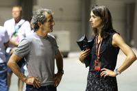 Ален Прост, Renault Sport F1 Team, Марго Лаффіт, Canal +