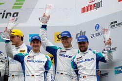 Podyum: 3. #44 Team Falken Motorsport, Porsche 991 GT3-R: Jörg Bergmeister, Dirk Werner, Laurens Van