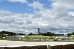 Simon Pagenaud, Team Penske Chevrolet, Scott Dixon, Chip Ganassi Racing Honda, Helio Castroneves, Team Penske Chevrolet