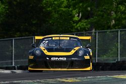 #77 Calvert Dynamics, Porsche 911 GT3 R: Alec Udell, Preston Calvert