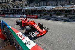 Kimi Räikkönen, Ferrari, SF70-H