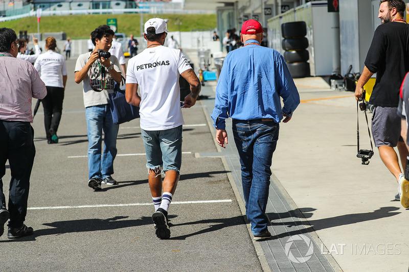 Lewis Hamilton, Mercedes AMG F1 and Niki Lauda, Mercedes AMG F1 Non-Executive Chairman