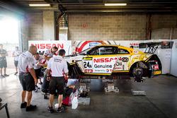 Coche #24 Nissan Motorsport, Nissan GT-R Nismo GT3: Florian Strauss, Todd Kelly, Jann Mardenborough