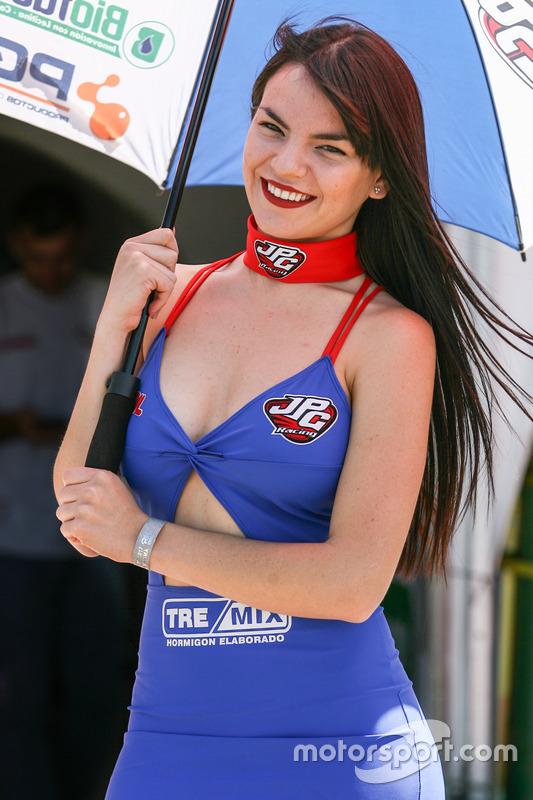 Девушки в паддоке Argentina JPG Racing Tremix