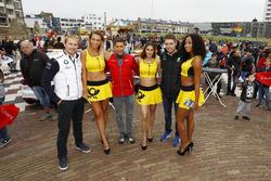 Maxime Martin, BMW Team RBM, BMW M4 DTM, Loic Duval, Audi Sport Team Phoenix, Audi RS 5 DTM, Paul Di Resta, Mercedes-AMG Team HWA, Mercedes-AMG C63 DTM with grid girls