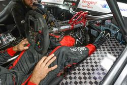 Rick Kelly tests leg protection