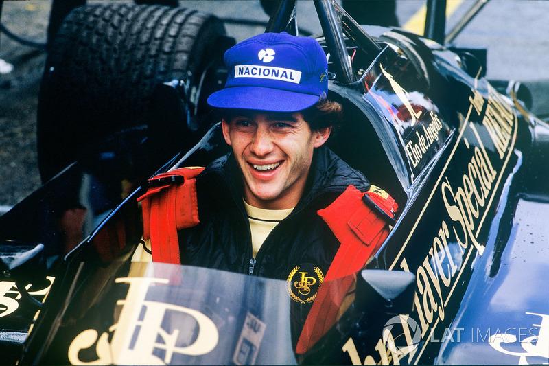 Ayrton Senna, Lotus 97T-Renault, no carro do companheiro Elio de Angelis
