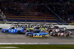 Johnny Sauter, GMS Racing Chevrolet, Chase Briscoe, Brad Keselowski Racing Ford, John Hunter Nemechek, SWM-NEMCO Motorsports Chevrolet