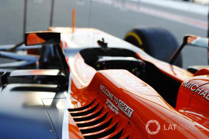 McLaren kokpit koruması detay