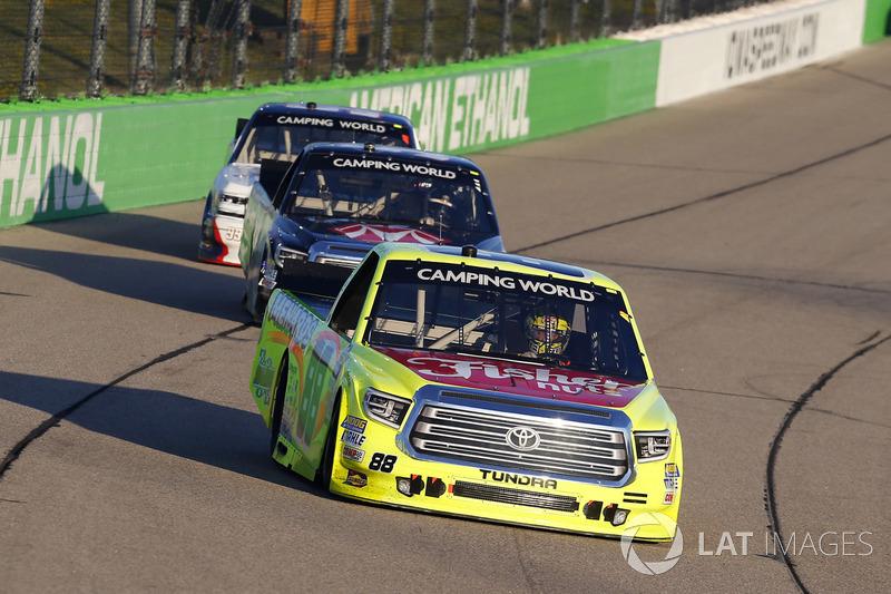Matt Crafton, ThorSport Racing Toyota, Harrison Burton, Kyle Busch Motorsports Toyota