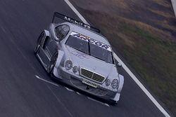 Bernd Schneider e Klaus Ludwig, provano la nuova Mercedes CLK, HWA AG
