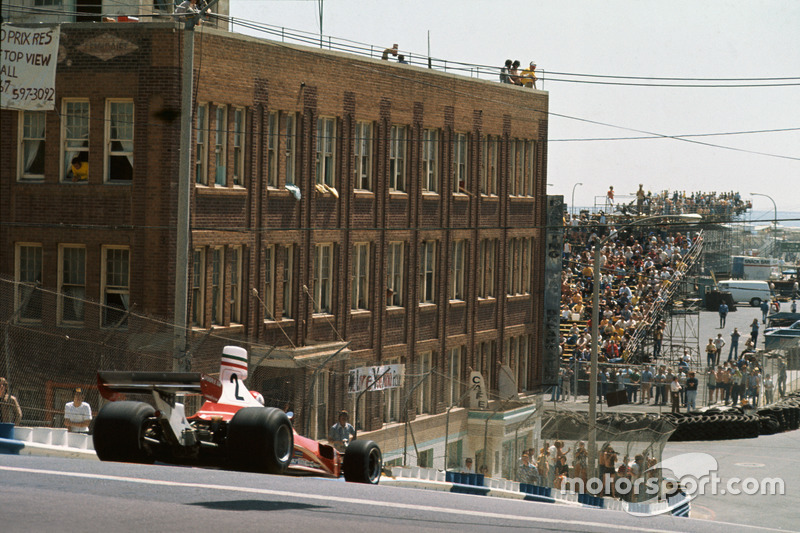 1976 (West) Clay Regazzoni