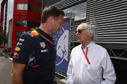Christian Horner, director de Red Bull Racing y Bernie Ecclestone