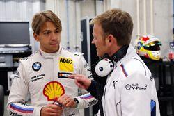 Augusto Farfus y Stefan Reinhold, director del equipo BMW Team RMG