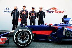 Franz Tost, jefe de equipo de Scuderia Toro Rosso, Daniil Kvyat, Carlos Sainz Jr., Scuderia Toro Ros