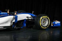 Sauber C36 front detail