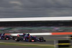 Карлос Сайнс-мол., Данііл Квят, Scuderia Toro Rosso STR12