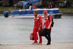 Kimi Raikkonen, Ferrari and Gino Rosato, Ferrari