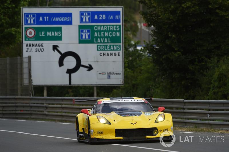 Ян Магнуссен (в «Ле-Мане» – 18 гонок, четыре победы в категории GT1)