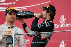 Sergio Pérez Sahara Force India F1 celebra su tercer puesto en el podio
