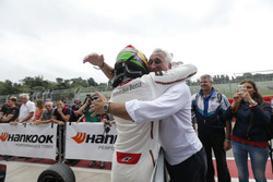 Lance Stroll (CAN) Prema Powerteam Dallara F312 – Mercedes-Benz con su padre