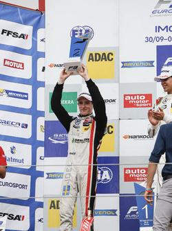 Podium: 2. Joel Eriksson, Motopark, Dallara F312, Volkswagen