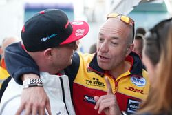 Rob Huff, Honda Racing Team JAS and Tom Coronel, Roal Motorsport