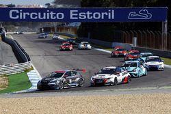 Mato Homola, B3 Racing Team Hungary, Seat León TCR; Gianni Morbidelli, West Coast Racing, Honda Civic TCR; Jean-Karl Vernay, Leopard Racing, Volkswagen Golf GTI TCR