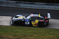 #6 Haribo Racing Team, Mercedes-AMG GT3: Uwe Alzen, Lance David Arnold, Maximilian Götz, Jan Seyffarth