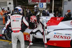 #5 Toyota Racing, Toyota TS050 Hybrid: Anthony Davidson, Kazuki Nakajima