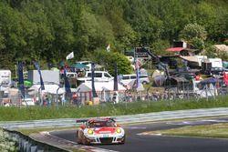 #3 Frikadelli Racing Porsche GT3 R: Klaus Abbelen, Sabine Schmitz, Patrick Huisman, Norbert Siedler