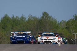Start: #14 GMG Racing Porsche 911 GT3R: Brent Holden, Colin Braun memimpin