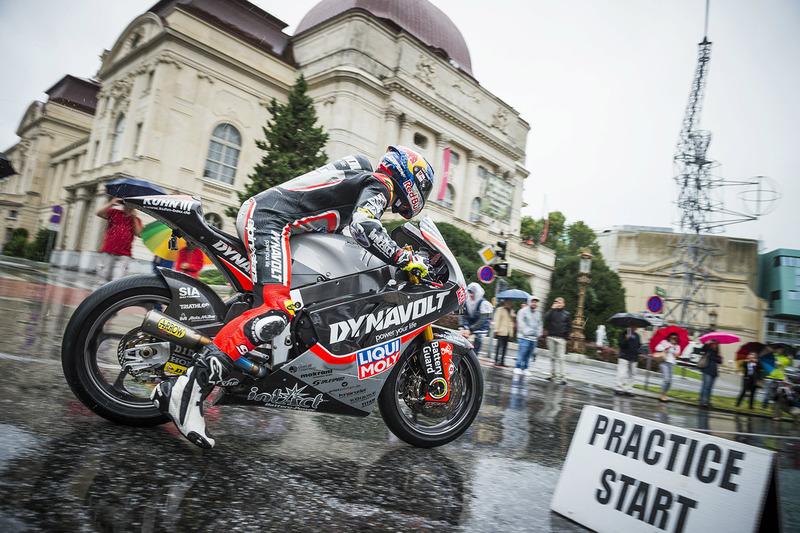 Sandro Cortese, Dynavolt IntactGP alla parata della MotoGP