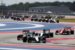 Lewis Hamilton, Mercedes AMG F1 W07 Hybrid au départ