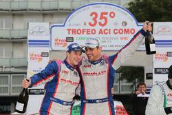 Marco Signor e Patrick Bernardi, Ford Focus WRC, Sama Racing festeggiano la vittoria