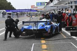 Pit stop #18 M.Racing - YMR Ligier JSP3 - Nissan: Thomas Laurent, Yann Ehrlacher, Alexandre Cougnaud