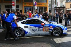 #78 KCMG Porsche 911 RSR