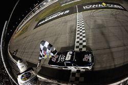 William Byron, Kyle Busch Motorsports, Toyota, gewinnt