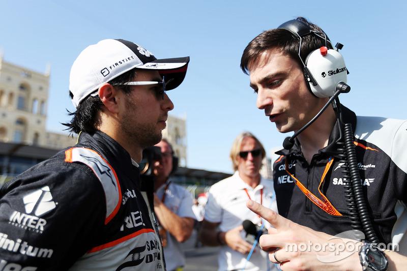 Sergio Pérez, Sahara Force India F1 con Tim Wright, Sahara Force India F1 Team Ingeniero de carrera de la parrilla