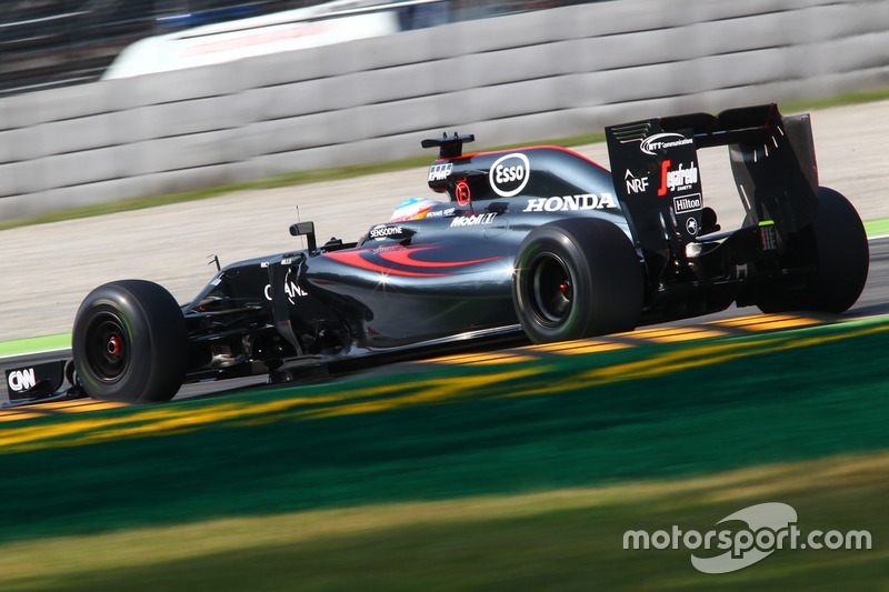 12: Fernando Alonso, McLaren MP4-31