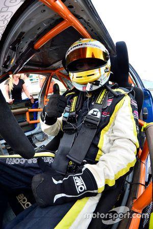 #102 MP3B BMW: Carter Fartuch of TLM