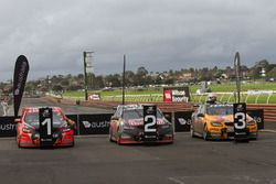 Yarış galibi Garth Tander ve Warren Luff, Holden Racing Team, 2. Shane van Gisberge and Alexander Pr