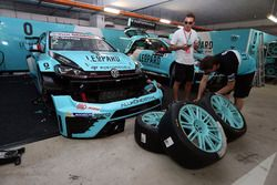 Jean-Karl Vernay, Volkswagen Golf GTI TCR Leopard Racing