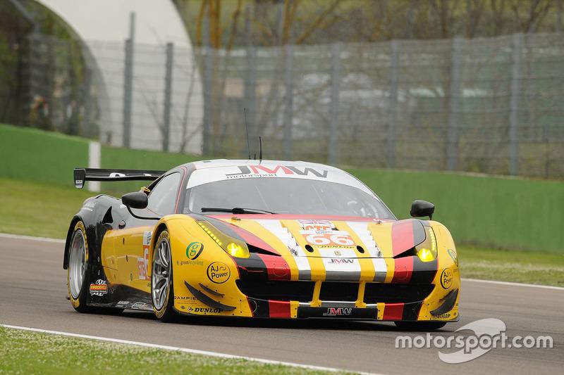 #66 JMW Motorsport, Ferrari F458 Italia: Rory Butcher, Robert Smith, Andrea Bertolini