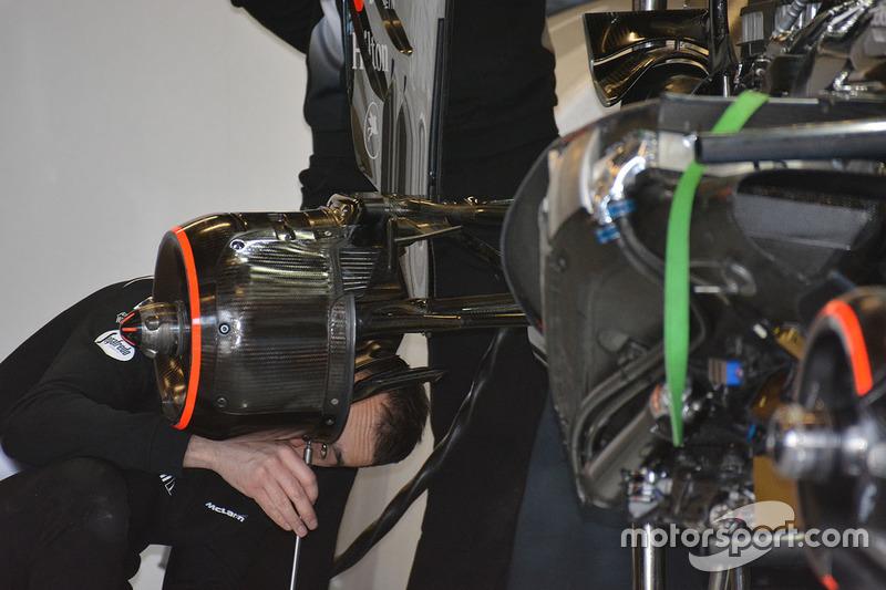 McLaren MP4-31, dettaglio dei cestelli dei freni