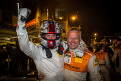 Les vainqueurs Peter Terting, Jörg Viebahn, PROsport Performance, Porsche Cayman PRO4 GT4
