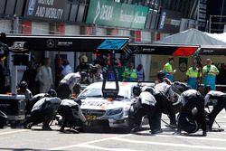 Boxenstopp: Robert Wickens, Mercedes-AMG Team HWA, Mercedes-AMG C63 DTM